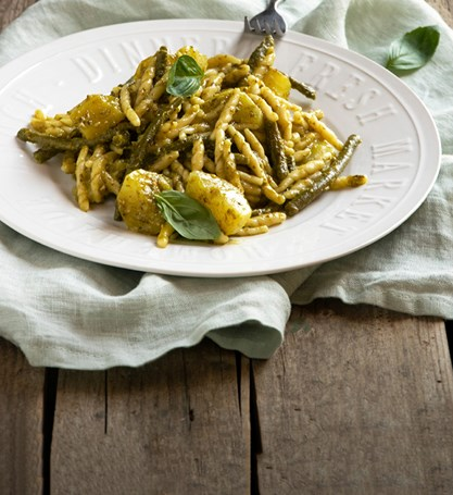 TROFIE WITH PESTO, POTATOES AND GREEN BEANS